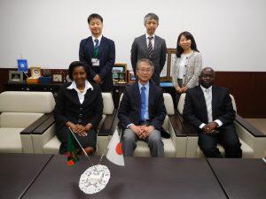 ②ザンビア共和国大使