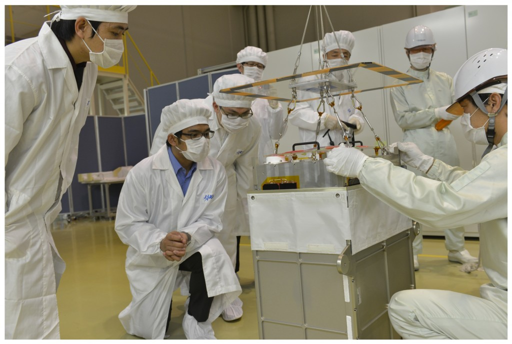 Diwata-1 and Research students from Philippines, JAXA, Hokkaido University
