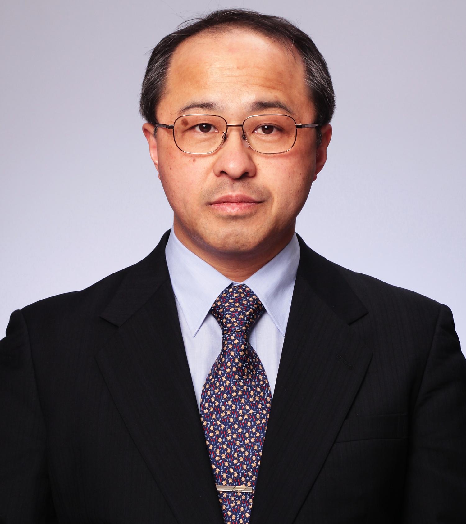 Professor Sato Tomomi