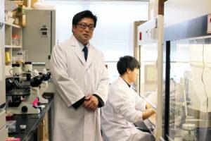 Associate Professor Satoru Konnai at his laboratory.
