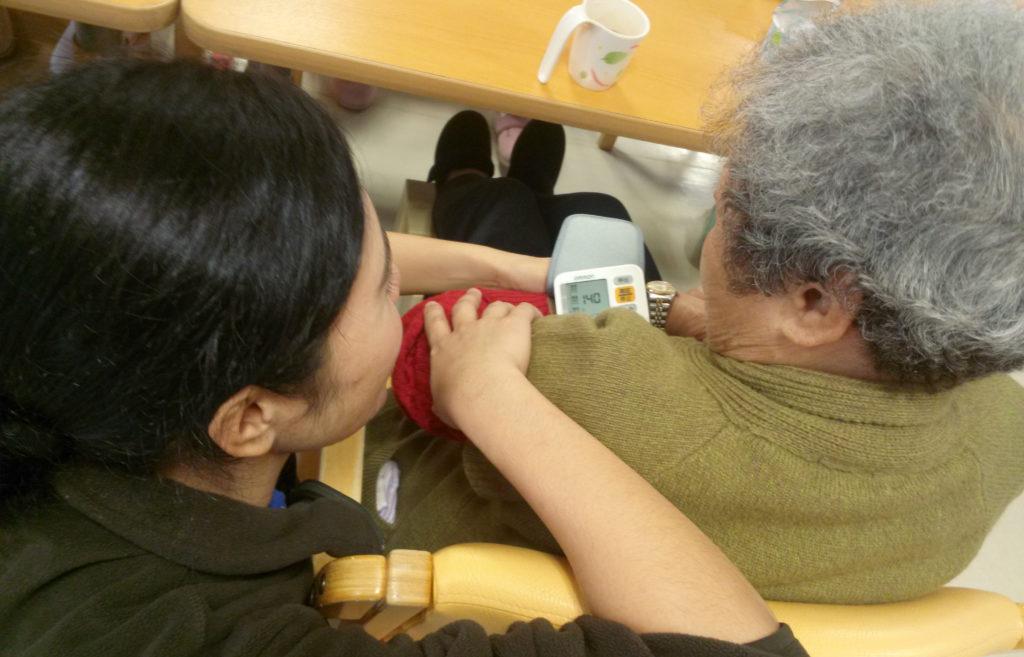 An elder caregiver